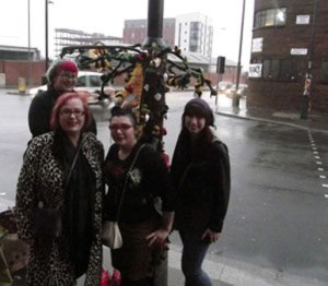 Sarah (back), moi, Lou and Jeannie from The Twisted Stitchers...and our Threshold Festival installation!